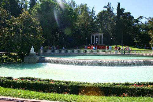 Jardines de joan maragall barcelona viajando por for Jardines joan maragall
