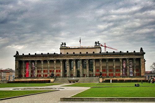 Fachada del Altes Museum o Antiguo Museo Berlín