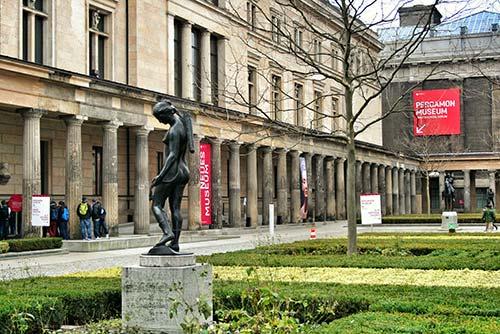 Patio de la Isla de los Museos Berlín