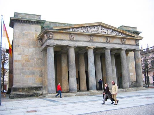 Edificio de la Nueva Guardia en Berlín
