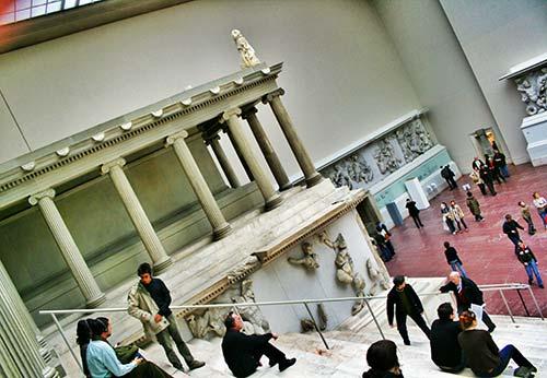 Interior de Museo de Pérgamo de Berlín