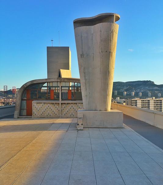 Terraza de la Unidad Habitacional de Le Corbusier